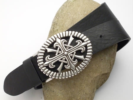 Jeansgürtel, schwarz mit Buckle Schwerter und französische Lilie