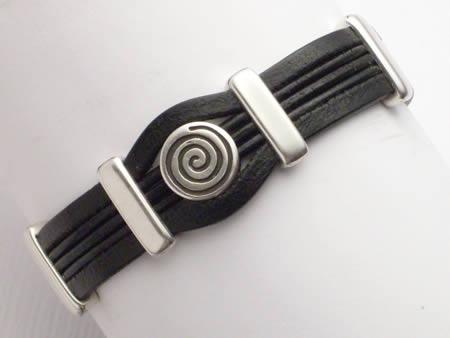 Edles Lederarmband mit Magnetverschluss, schwarz, Spirale