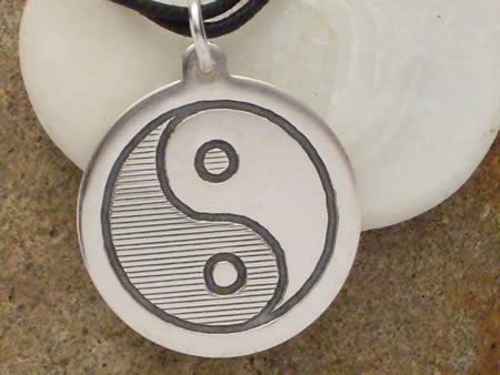 Yin und Yang Silberamulett - groß