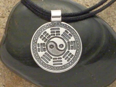 Silber Amulett Acht Trigramme
