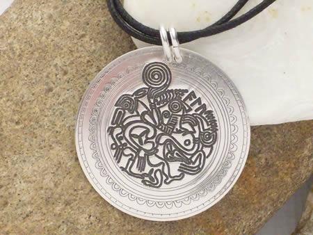 Silberamulett Altgermanischer Brakteat