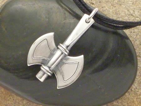 Doppelaxt Silber Amulett