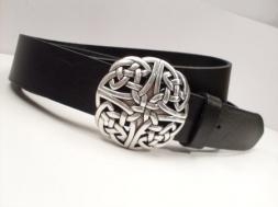 Jeansgürtel,schwarz, mit keltischem Knoten